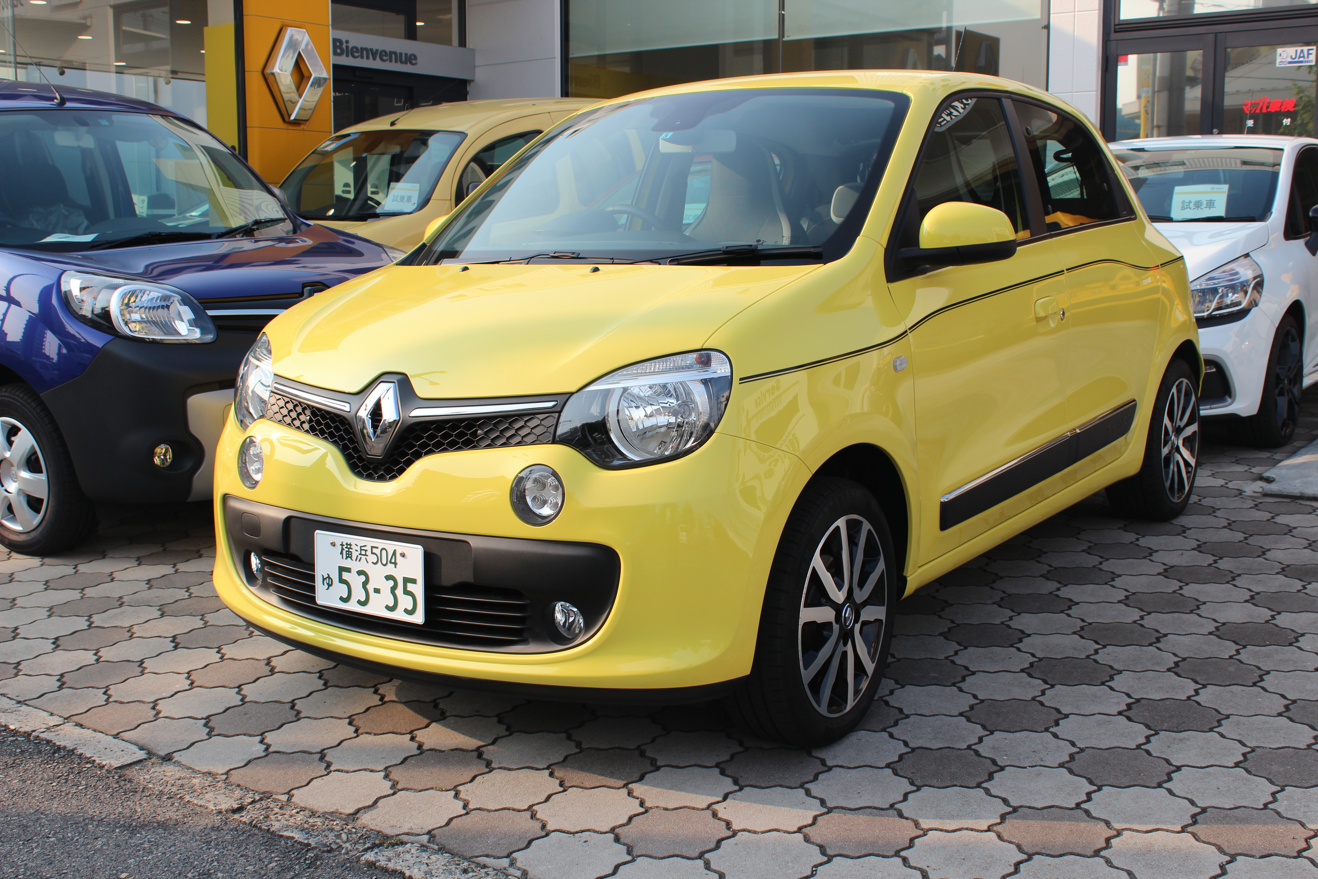 Most compact RENAULT トゥインゴ速報